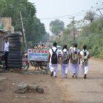 schoolkinderen in straatbeeld India