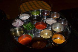 Kruiden bij ayurvedische gerecht
